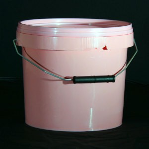5ltr-Pink-bucket-and-lid.