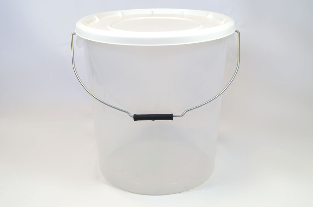 25L Translucent Plastic Buckets With Lid