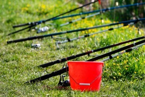 red angling buckets