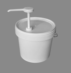 5l White Plastic Bucket with Pelican Pump