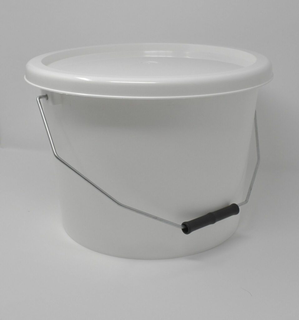 10L White Bucket with Standard Lid